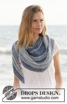 Seascape Wrap / DROPS – Kostenlose Strickanleitungen von DROPS Design We believe that tattooing can be a method that's … Free Knit Shawl Patterns, Fall Knitting Patterns, Lace Knitting, Knit Crochet, Drops Design, Wrap Pattern, Knit Wrap, Knitting Accessories, Knitted Shawls