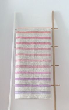 Sherbet Stripe Quilt / one of one Colchas Quilt, Lap Quilts, Scrappy Quilts, Fox Quilt, Amish Quilts, Quilting Projects, Quilting Designs, Textiles, Modern Quilt Patterns