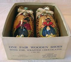 Wooden Shoes filled with Rumbonen Chocolates, 1950