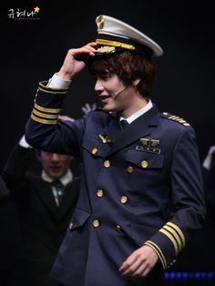 Oh hello there Officer. #sexyKyu #uniformsandkyu #UGH