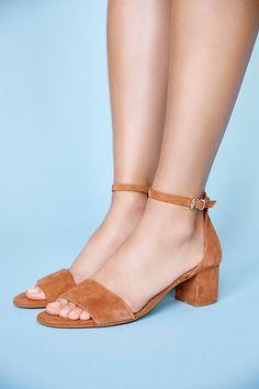 57bdf0ef4c9c06 Slide View 1  Marigold Block Heel Leather Sandals