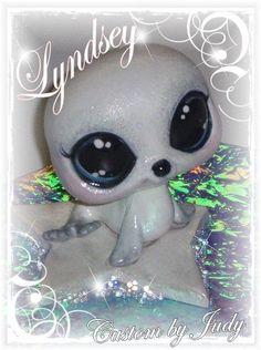 Judy's Custom Littlest Pet Shop white seal Little Sisters, Little Girls, Custom Lps, Lps Toys, Lps Littlest Pet Shop, Little Pet Shop, Birthday List, Girls Dream, White Seal