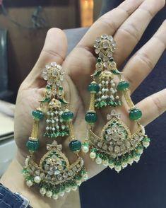 Jewelry Design Earrings, Emerald Jewelry, Bead Jewellery, Pendant Jewelry, Gold Jewelry, Hyderabadi Jewelry, Jewelry Design Drawing, Simple Jewelry, Modern Jewelry
