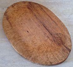 Antiquité. Collection. Ancienne planche à découper en bois Lévis…