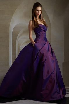 Romona Keveza - Fall 2013 If I'm ever in a movie, I want to wear this dress as a costume!!!