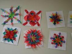 Amy's Artsy Adventures: Grade Radial Relief Paper Designs- (Variation on the fold) 3d Art Projects, School Art Projects, Classe D'art, Sculpture Lessons, Origami, 6th Grade Art, Ecole Art, Math Art, Art Lessons Elementary