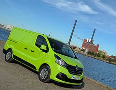 "Check out new work on my @Behance portfolio: ""Renault Trafic - Solutions…"