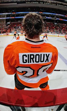 Sight Unseen II: More photos from 2011-12 - Philadelphia Flyers. Giroux!!!!!