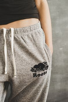 Roots sweatpants (in this colour) Roots Clothing, Sweats Outfit, Casual Outfits, Cute Outfits, Girl Outfits, Beautiful Outfits, Fashion Outfits, Patagonia Pullover, Outfits