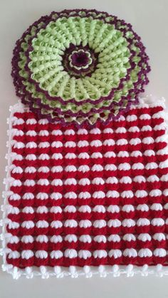 This Pin was discovered by Sev Easy Crochet Patterns, Crochet Stitches, Free Crochet, Plaid Crochet, Crochet Hats, Teapot Cover, Yarn Shop, Vintage Patterns, Tatting