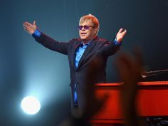 04-25 Elton John back in touch with his mother after eight-year... #EltonJohn: 04-25 Elton John back in touch with his mother… #EltonJohn
