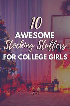These stocking stuffer ideas for college students are perfect for the holiday season! Everyone will appreciate these stocking stuffers for college students! College Freshman Tips, College Hacks, Freshman Year, College Girls, College Life, Stocking Stuffers For Girls, Christmas Stocking Stuffers, Christmas Gifts, Christmas Decorations
