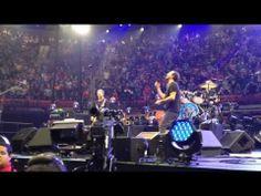 """▶ Pearl Jam """"Yellow Ledbetter"""" Viejas Arena, San Diego, 11.21.13 - YouTube"""