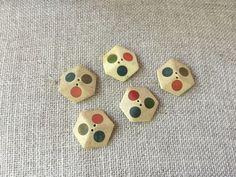 Set of 5 buttons 1930 French Vintage, in bone or wood .. Handmade de la boutique VintagedeFrance sur Etsy