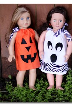 these doll halloween dresses are no-sew - - what a perfect project! perfect for sloan
