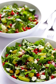 This pomegranate, pear & avocado salad is incredibly delicious.