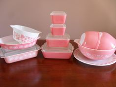 A Little Bit of Everything: Found - Pyrex Pink Fridgies!