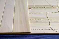 """easy DIY tutorial for a double-sided """"table top"""" for blogging  http://www.jasonandshawnda.com/foodiebride/archives/7848/"""