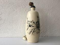 Pie de lámpara pintado a mano, Utrilla