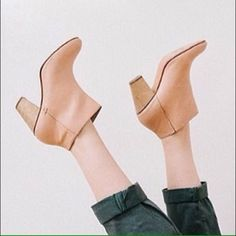 Rachel Comey mars bootie boot 6 ankle leather Nwot some minor marks from shelf. Absolutely gorgeous NO Trades PLEASE! Anthropologie Shoes Ankle Boots & Booties