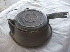 Vintage Wagner Cast Iron Waffle Maker