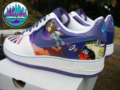 Mache custom kicks.