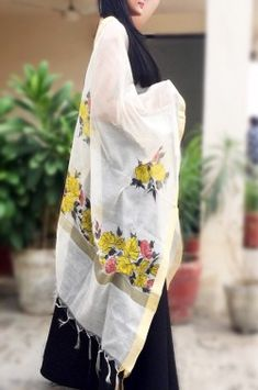 Off White Chanderi Floral Handpainted Stole - Women Stoles Online Fabric Painting, Work Casual, Off White, Reusable Tote Bags, Hand Painted, Pure Products, Painting Techniques, Sarees, Floral