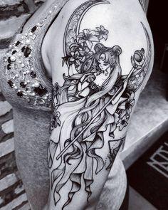 "6,821 Likes, 206 Comments - Felipe Kross (@fetattooer) on Instagram: """"Sailor Moon"" - Tattoo inspirada em uma Fanart do anime, feita no @newblackstudio .…"""