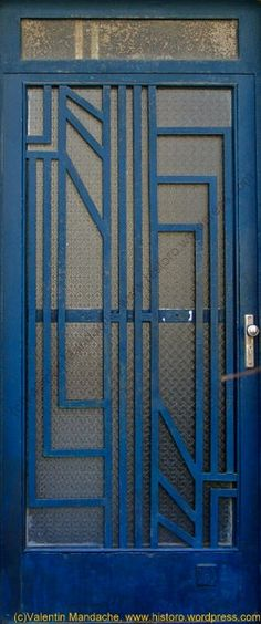 Art Deco Door.SIMPLE AND AGELESS TGS.... This may sound terrible, but this would make a wonderful screen door for my house.
