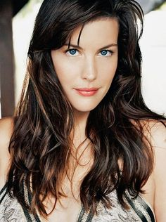 Picture of Liv Tyler Steven Tyler, Liv Tyler Hair, Bebe Buell, Hollywood Celebrities, Hollywood Actresses, Gal Gadot, Beautiful Celebrities, Brunettes, Celebrity Pictures