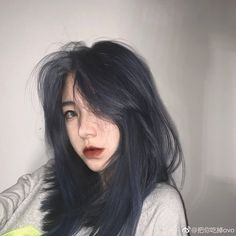Discover recipes, home ideas, style inspiration and other ideas to try. Tumbrl Girls, Pretty Hair Color, Hair Color Blue, Color Red, Aesthetic Hair, Kim Jisoo, Pretty Hairstyles, Hair Trends, Dyed Hair