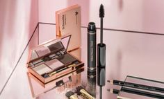 Dr. Hauschka has created a limited edition make-up collection for spring/summer 2013, featuring spring colours merged with darker tones.