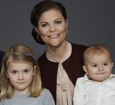 February 3, 2017: New photos of Crown Princess Victoria of Sweden and her family, Prince Daniel, Princess Estelle and Prince Oscar have been published today on the Swedish Royal Family's website.