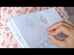 Direccion del Hilo - YouTube Bobbin Lace Patterns, Lacemaking, Lace Heart, Lace Jewelry, Lace Detail, Crochet, Tatting, Make It Yourself, Blog