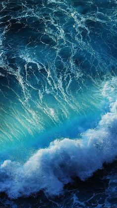 Download wallpaper: http://goo.gl/n6AHRn me18-wave-california-ocean via freeios8.com - iPhone, iPad, iOS8, Parallax wallpapers