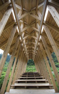 Image 8 of 27 from gallery of Wind and Rain Bridge / Donn Holohan - The University of Hong Kong. Courtesy of HKU Bridge Structure, Bamboo Structure, Timber Structure, Design Museum London, Detail Architecture, Timber Architecture, Bridge Design, Roof Design, Timber Roof