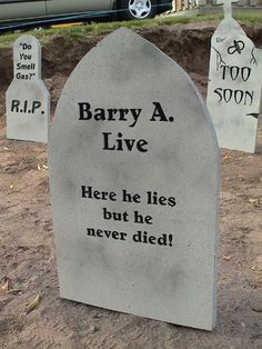 quick and dirty tombstones haunted yards dot com - Funny Halloween Tombstone Names