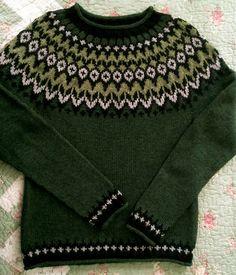Ravelry: SweaterGoddess' Riddari Pullover