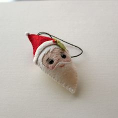 free santa ornament pattern by Gingermelon, via Flickr