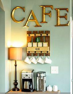Quem não curte tomar um café ou aquele chá quentinho e ficar por horas conversando ou lendo um bom livro?!   Não gosto de café puro o...