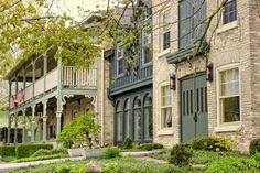 The Little Inn of Bayfield - Bayfield, Ontario, Canada - 28 Rooms - Tempur Beds