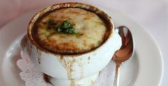 Vidalia Onion Soup with Blistered Vermont Cheddar Cheese with Parsley Pesto - The Official Website for Chef Bobby Flay Chef Bobby Flay, Bobby Flay Recipes, Food Network Recipes, Food Processor Recipes, Soup Recipes, Cooking Recipes, Wing Recipes, Diabetic Recipes, Parsley Pesto