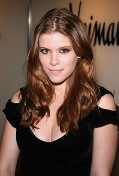 Kate Mara Hot, Rooney And Kate Mara, Rooney Mara, Beautiful Female Celebrities, Beautiful Actresses, Beautiful Redhead, Most Beautiful, Beautiful Women, Hollywood