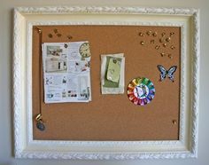 bulletin board in frame- Makes it look wayy nicer. so I should do this to my bulletin board! Diy Tableau, Diy Office Desk, Office Hacks, Office Cubicle, Office Decor, Diy Cork Board, Framed Cork Boards, Old Frames, Vintage Frames