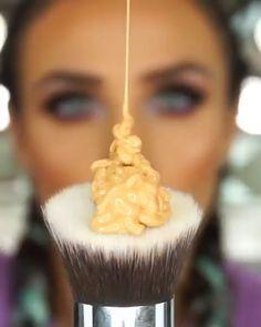 Summer Makeup Guide – How To Rock This Season's Trends - Stylish Bunny Huda Beauty Makeup, Makeup 101, Makeup Guide, Dark Makeup, Free Makeup, Makeup Inspo, Lip Makeup, Makeup Looks, Summer Makeup