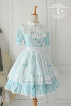 For Sweet Lolitas: Cheap & Customizable ✦♁~Alice's Secret Key~♁✦ Peter Pan Collar OP from Miss Point >>> http://www.my-lolita-dress.com/alice-fairy-tail-sweet-lolita-dress-with-round-collar-yuan-40