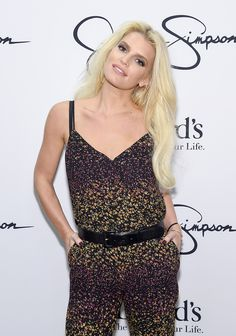 What do you think about Jessica Simpson's jumper?