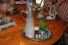 Vintage style center peices for wedding