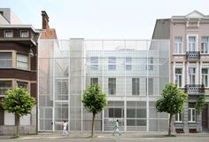 o2 architectes - paul delaby + pierre emans fabro, Filip Dujardin · Neighbourhood Sporthall in Brussels · Divisare