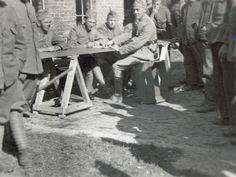Mobilisatie 1939/40 - De Slag om de Grebbeberg en Betuwestelling in mei 1940 Uitbetaling soldij.